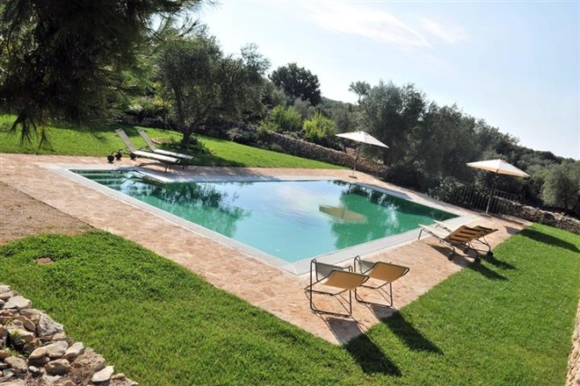 Luxe Trullo Met Zwembad Puglia 5