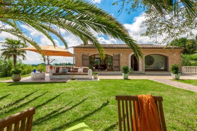 Luxe Villa 6km Van Zee Fano Le Marche 31