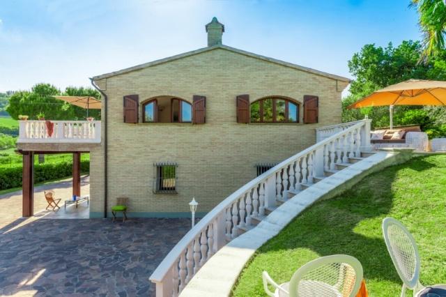 Luxe Villa 6km Van Zee Fano Le Marche 37