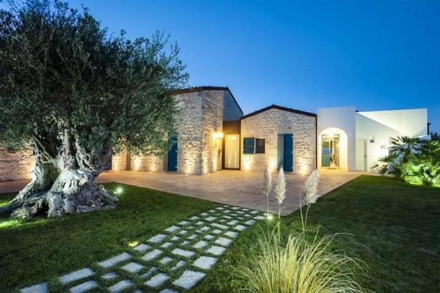 Luxe Villa Infinity Pool Sicilie 10