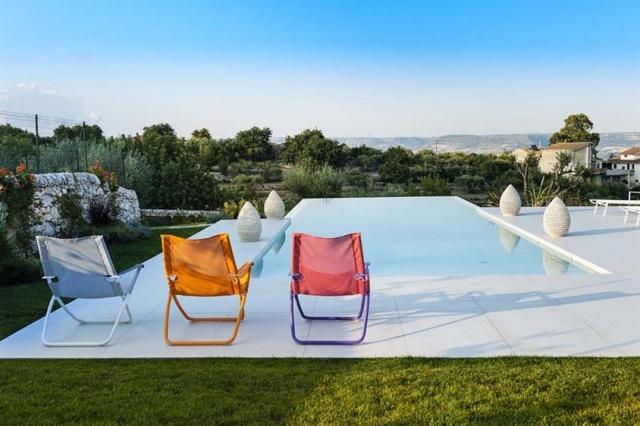 Luxe Villa Infinity Pool Sicilie 5