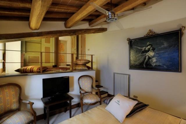 Luxe Grote Vrijstaande Villa Met Grootzwembad In Le Marche 21