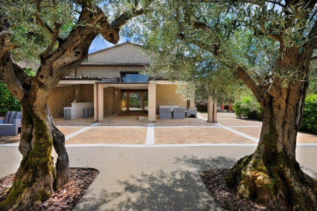Luxe Grote Vrijstaande Villa Met Grootzwembad In Le Marche 6