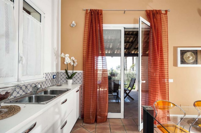 Marsala Sicilie Vakantiewoning Direct Aan Zee Met Zwembad 17