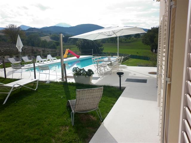Moderne  Vrijstaande Villa Met Zwembad Le Marche 15