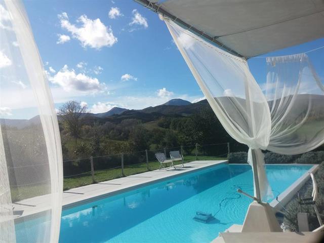 Moderne  Vrijstaande Villa Met Zwembad Le Marche 64