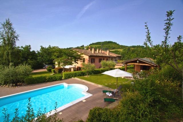 Mooie Villa Met Zwembad Voor 10p Bij Urbino Le Marche 12