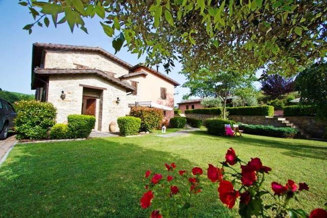 Mooie Villa Met Zwembad Voor 10p Bij Urbino Le Marche 24