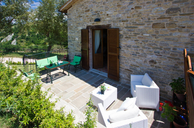 Noord Le Marche Urbino Villa LMV2310A Terras2