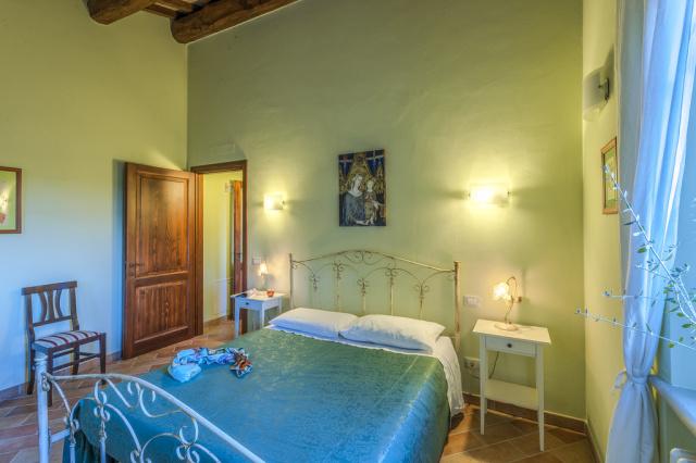 Noord Le Marche Urbino Villa LMV2310B Slaapkamer1