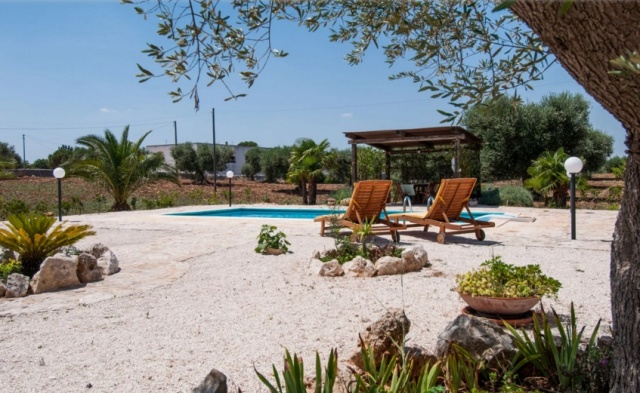 Prachtige Trullo In Puglia Zwembad 2