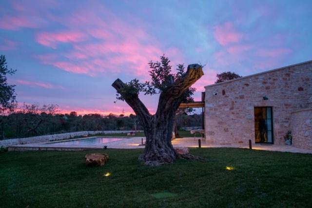 Puglia Alberobello Klein Trulli Complex 15