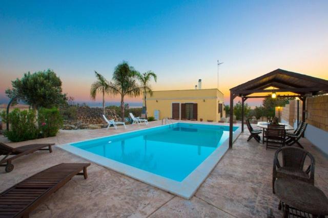 Puglia Gallipoli Vakantievilla Met Zwembad En Zeezicht 1