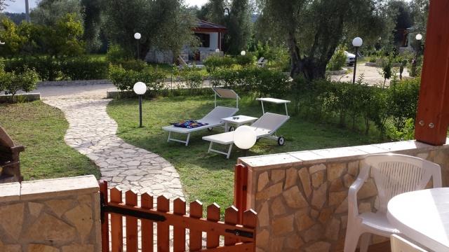 Puglia Gargano Vakantie Park Met Zwembad En Restaurant 18