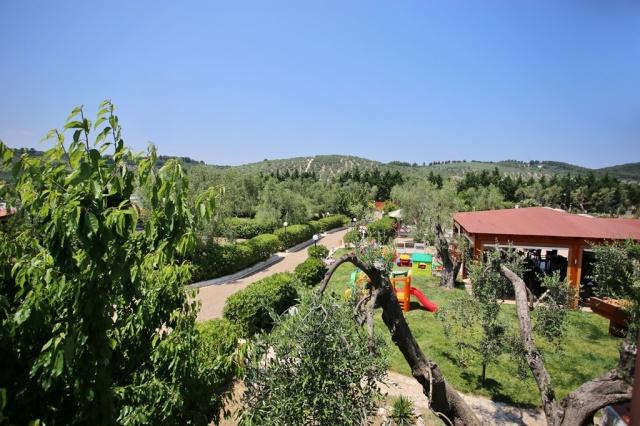 Puglia Gargano Vakantie Park Met Zwembad En Restaurant 20