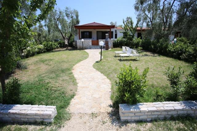 Puglia Gargano Vakantie Park Met Zwembad En Restaurant 23
