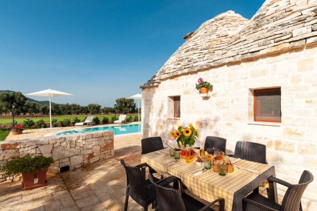 Puglia Vakantie Trullo Prive Zwembad Nabij Kust 10