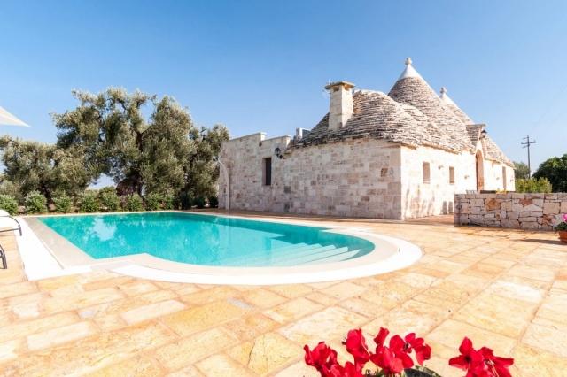 Puglia Vakantie Trullo Prive Zwembad Nabij Kust 28