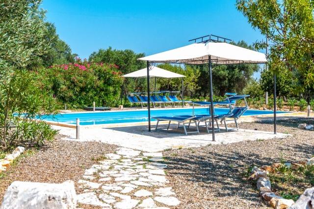 Puglia Vakantiess Trullo Met Zwembad Bij Castallana Grotte 39