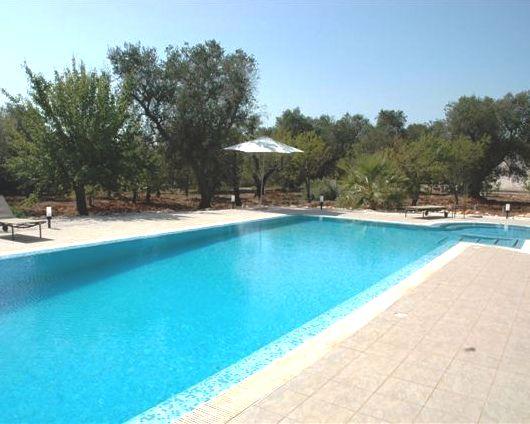 Ruime Trullo Voor 6p Met Zwembad In Puglia 10