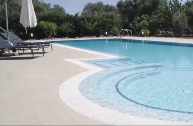 Ruime Trullo Voor 6p Met Zwembad In Puglia 68