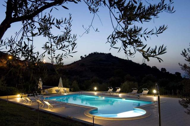 Sicilie Kleinschalige Agriturismo NabijPatti Met Zeezicht En Zwembad 1