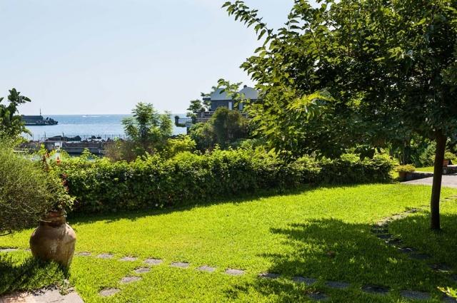 Sicilie Vakantieappartementen Met Zwembad Grote Tuin Direct Aan Zee 18