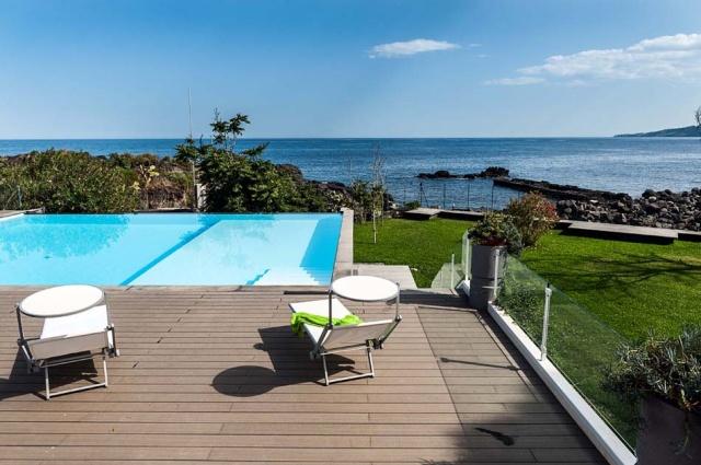 Sicilie Vakantieappartementen Met Zwembad Grote Tuin Direct Aan Zee 22
