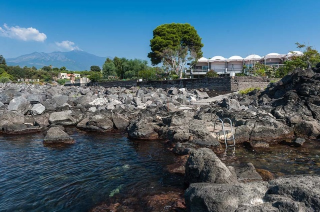 Sicilie Vakantieappartementen Met Zwembad Grote Tuin Direct Aan Zee 25
