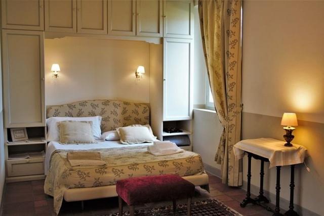 Statig Landhuis Met Appartementen Vlakbij Zee Pesaro 23