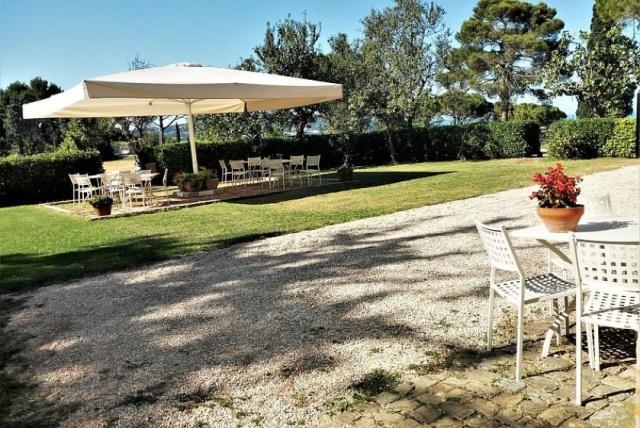 Statig Landhuis Met Appartementen Vlakbij Zee Pesaro 24