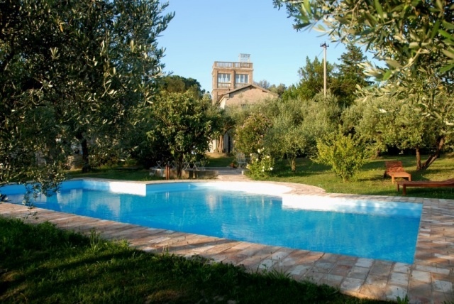 Statig Landhuis Met Appartementen Vlakbij Zee Pesaro 67