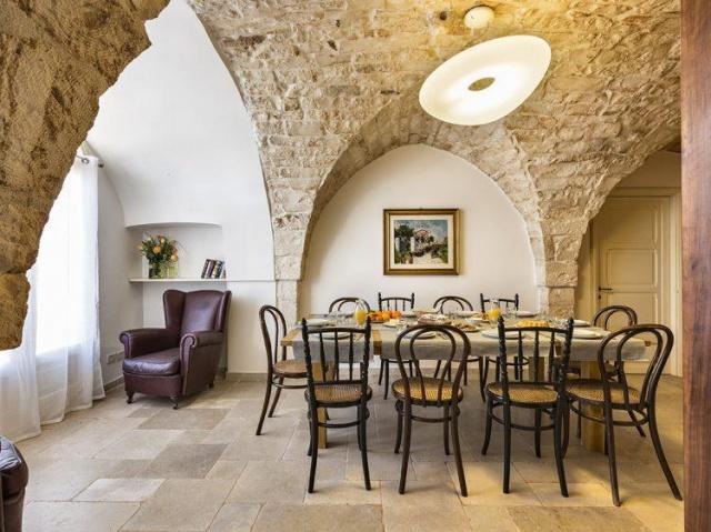 Statige Villa Puglia 24