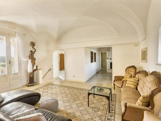 Statige Villa Puglia 9