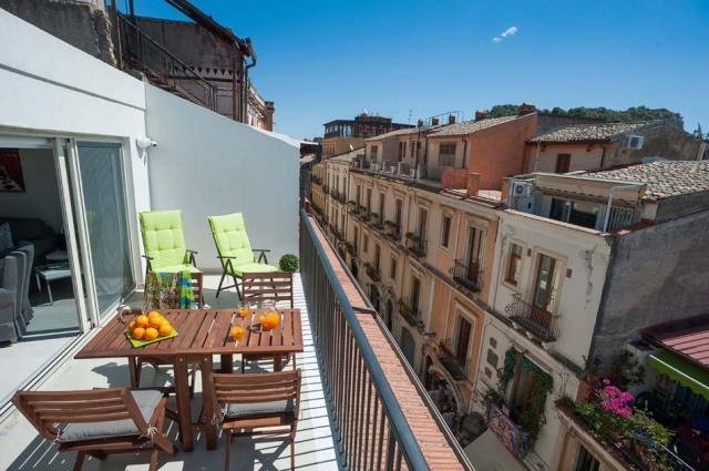 Taormina Sicilie Vakantie Appartement Historisch Centrum Met Zee Zicht 2