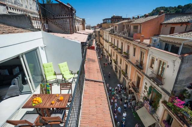 Taormina Sicilie Vakantie Appartement Historisch Centrum Met Zee Zicht 3