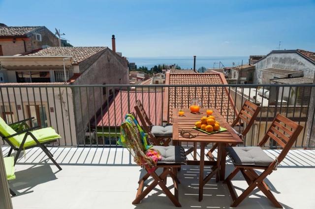 Taormina Sicilie Vakantie Appartement Historisch Centrum Met Zee Zicht 4