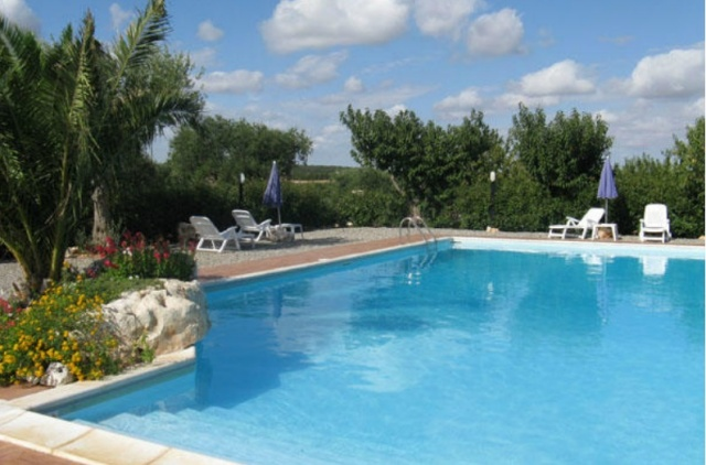 Trulli Met Zwembad In Puglia 49
