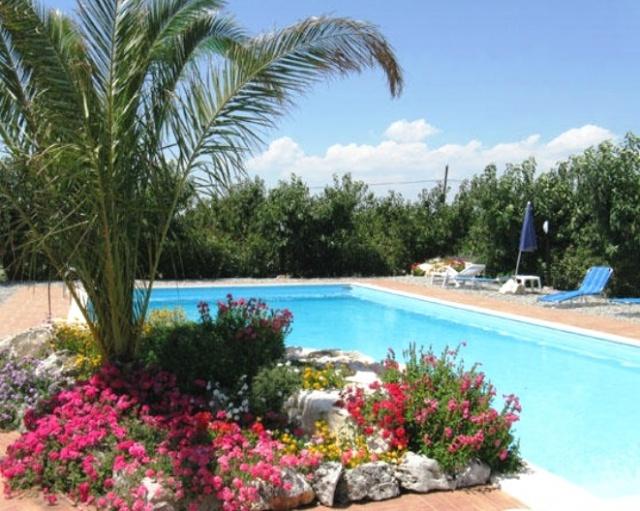 Trulli Met Zwembad In Puglia 53