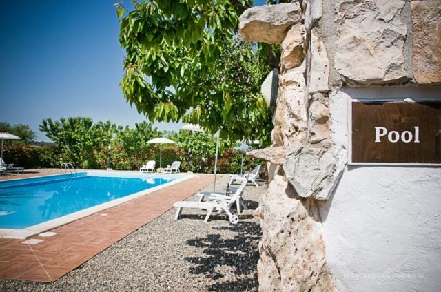Trullo Op Klein Complex Met Zwembad Puglia 8