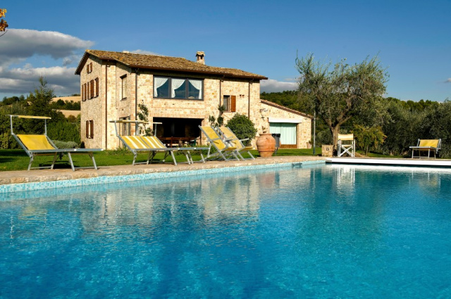 Umbrie Todi Villa Op Landgoed Zwembad 3