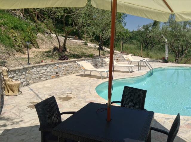Vakantiehuis Met 2 Appartementen En Zwembad 8 Personen 59