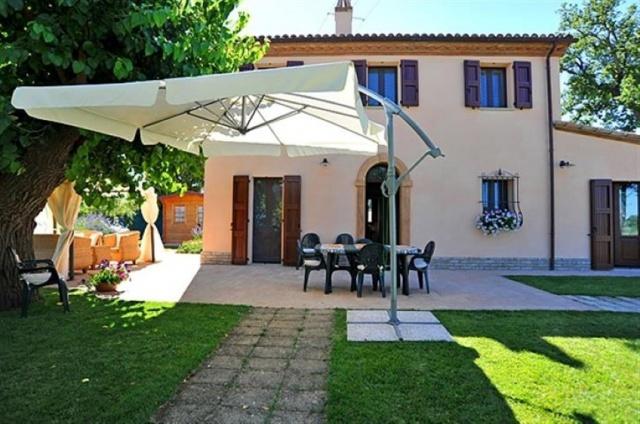 Villa 7 Km Van Zee Le Marche 2