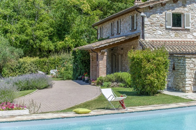 Villa Groot Zwembad Midden Le Marche 40