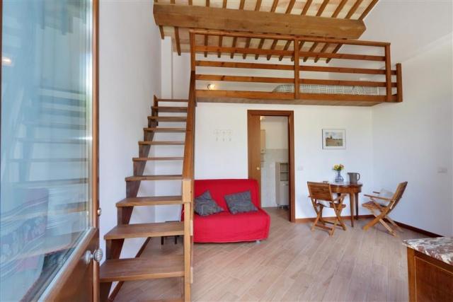 Villa Met 3 Appartementen Le Marche 13