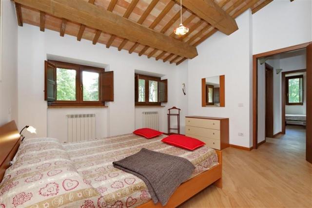 Villa Met 3 Appartementen Le Marche 14