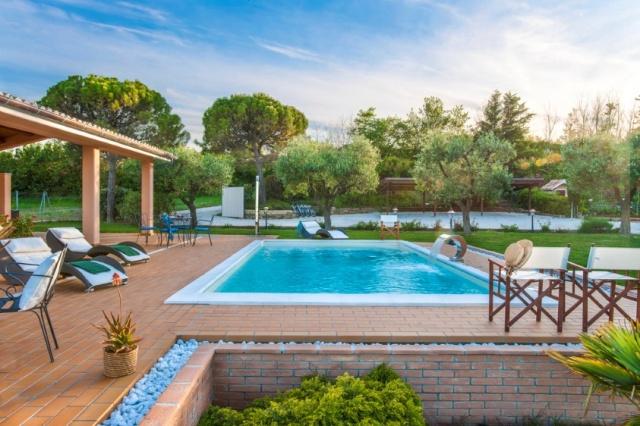 Villa Met Zeezicht Le Marche 18b