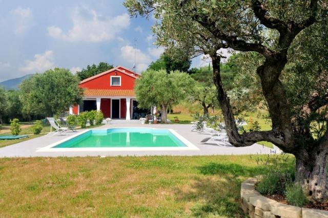 Villa Zwembad Airco Cingoli 1