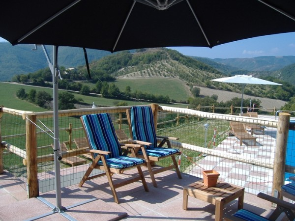 Zwembad Agriturismo Le Marche 16