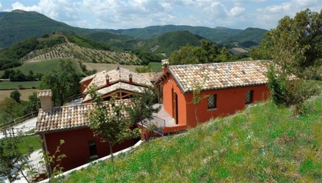 Zwembad Agriturismo Le Marche 1a